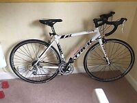 TREK 56cm lghtweight road bike