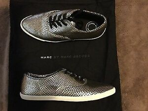 Marc Jacobs sneakers size 7.5