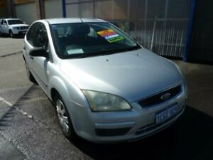 2006 Ford Focus LS CL Silver 5 Speed Manual Hatchback