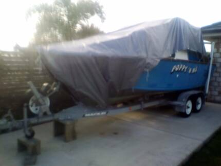 Boat Trailer Mackay to suit 5.8m half cab boat plus FREE BOAT!