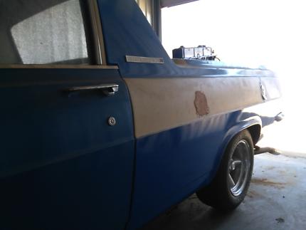 Holden HR ute