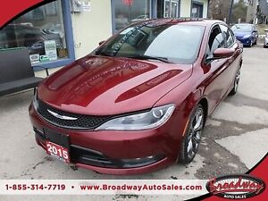 2015 Chrysler 200 LOADED 'S-TYPE' 5 PASSENGER 3.6L - V6.. LEATHE