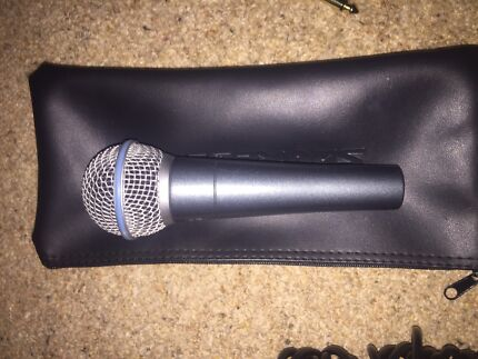 Microphones and basic music gear