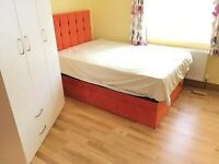 In Owners House 1st Floor Double Rooms Share Shower Kitchen Includes Bills Near Tube Bus Park