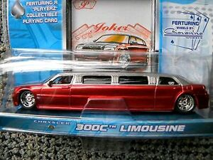 Maisto Playerz Luxury Diecast Collection 2005 300C Limousine new
