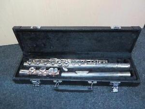 Flûte traversière Selmer FL600 ''Student'' Aristocrat (110015777)