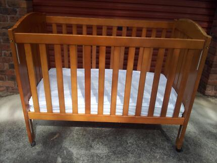 Good quality baby cot - cheap