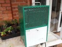 EBAC BD70 Dehumidifier - RRP £599 - Commercial grade Compact 💡