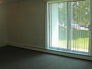 Avon Place Apartments- Available DEC 1 Stratford Kitchener Area image 10