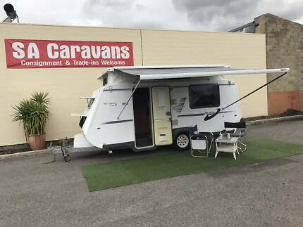 """2010 A'VAN """"THE OSCAR MK 2"""" POPTOP With AIR CONDITIONING"""
