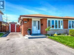 )))))--2 Fixer Upper available-Mississauga/Brampton--(((((