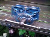 Record No55 woodwork vice