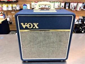Amplificateur VOX AC4C1 BLUE à lampes 4 watts  ***ÉTAT NEUF***  #F024015