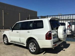 2006 Mitsubishi Pajero NP TURBO DIESEL EXCEED 7 SEATS AUTOMATIC 4X4 White 5 Speed Sports Automatic