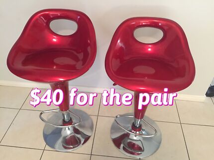 Rocking chair and bar stools