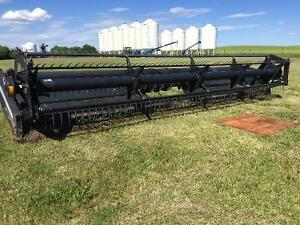 25 ft Macdon 960 header