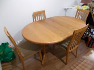 Teak Dining Table and 4 Chairs with 2 leaves