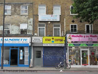 Newly decorated Studio on Old Kent Road Elephant and Castle Zone 1. Some bills included.