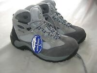 Women's HI-TEC walking boots UK7