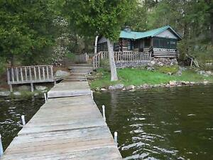 Charleston Lake Rental Cottage- Log Cabin -Hodge Podge Lodge