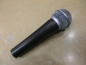 Microphone live sans marque (i012493)