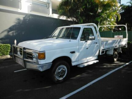 1991 Ford F Series 250 F250 White 3 Speed Automatic Cab Chassis