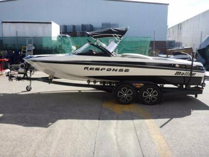 2015 Malibu Response TXI Ski Boat with Trailer - AUCTION