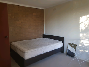 Rent for room Glenroy Moreland Area Preview