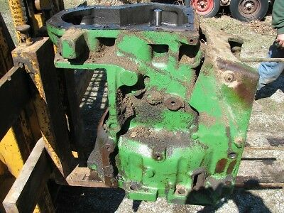 John Deere 3010 Tractor Clutch Housing R31670r 3020
