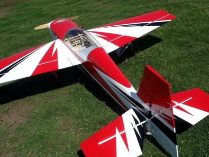"Rc Plane Extra 300 extreme flight 70cc 91"" red white and black"