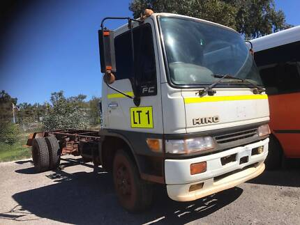 2000, Hino Cab Chassis  Truck