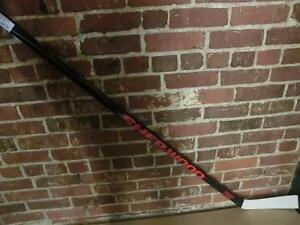 Baton de hockey neuf Sherwood T-100 Generation 2 (i011069)