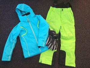 Ski jacket, pants & gloves - boy/girl size10 Whitebridge Lake Macquarie Area Preview