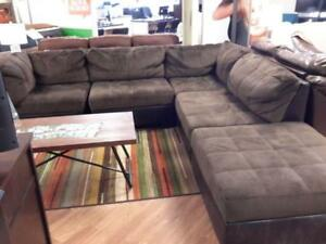 *** USED *** ASHLEY HOBOKIN SECTIONAL   S/N:51239836   #STORE527