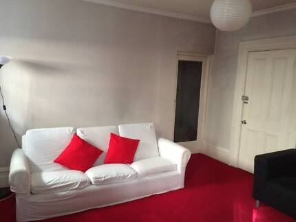 East Melbourne fully furnished room includes all bills & internet