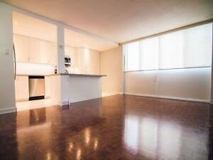 URGENT: Room available at Yonge-Bloor for June