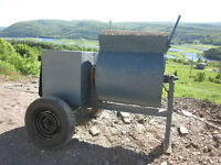 HEAVY DUTY COMMERCIAL XL CEMENT MIXER 220V - EXCELLENT CONDITION
