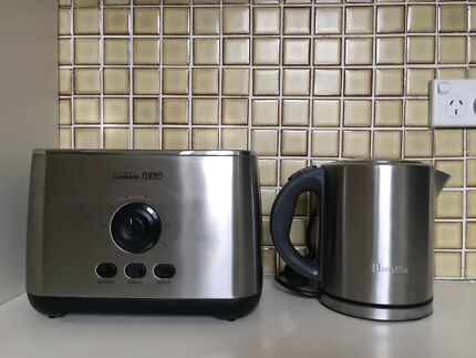 Stainless Sunbeam Turbo Toaster and Breville Kettle Combo