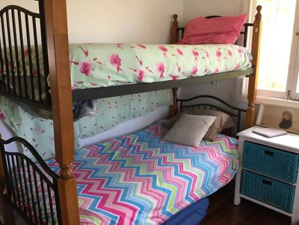 Bed bunks single
