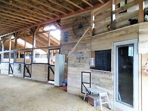 Horse Boarding available with small indoor 15 min to Mt A