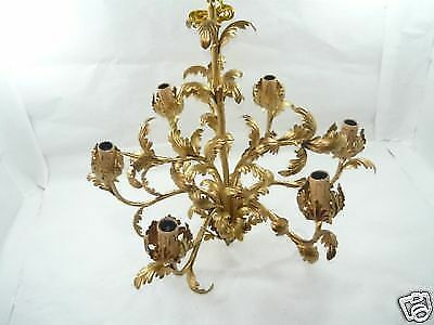 Grande lampadario in ferro battuto a 6 luci con foglie dorate acanto...