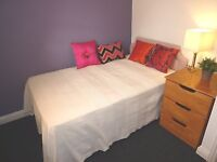 Jamaica St, Stokes Croft - Room to let by the week in central Bristol, professional share
