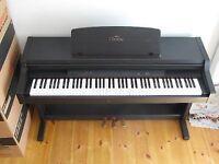 Yamaha Clavinova CLP 411 - Electric Piano - Dark Brown Wood (10years old - buzzing speaker)