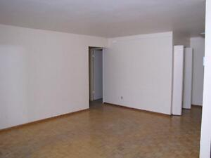 1BR Apt, all utilities are included. Perfect location