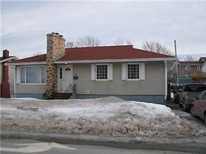 All bills included / 3 bedroom / MAY 1