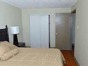 Fairway Rd and Courtland Rd: 37 and 49 Vanier Drive, Jr 1BR Kitchener / Waterloo Kitchener Area image 7