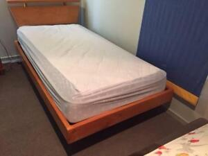 King Size Single bed and Mattress Pine Kew Boroondara Area Preview
