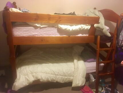 Wooden Bunk Bed (also converts to 2 single beds!)