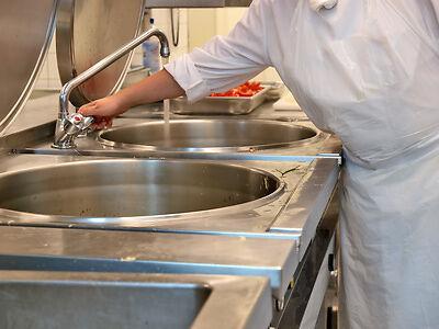 Reinigung und Hygiene – ein wichtiges Thema im Gastronomie- und Nahrungsmittelgewerbe