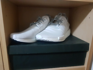 Adidas nmd r1 white Canning Vale Canning Area Preview